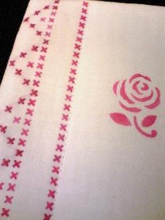部分刺繍のコースター