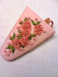 リボン刺繍のシザーケース